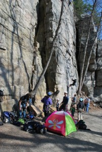 Busy Uberfall area of the Gunks with teenagers, 4 year old kids and a pink tent.